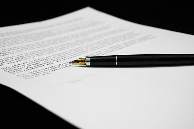 Jakie dokumenty są wymagane przy darowiźnie nieruchomości?