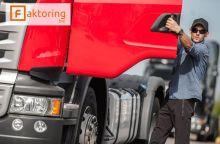 Jak Faktoring w branży transportowej może Ci pomóc