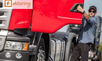 Jak faktoring w branży transportowej może Ci pomóc?
